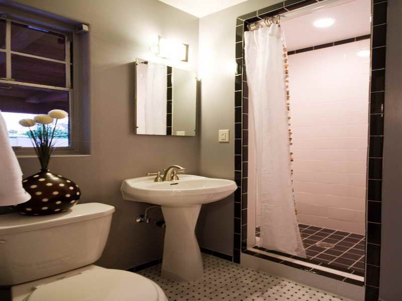 Exceptional Shower Curtain Ideas For Small Bathrooms Design That Really Awesome :  Fascinating Shower Curtain Ideas For Small Bathrooms Loft Window Covering  Vanity Sink ...