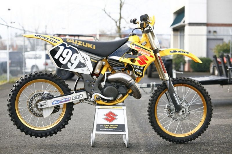 Remarkable Travis Pastranas 2000 Factory Suzuki Rm125 Yamaha Theyellowbook Wood Chair Design Ideas Theyellowbookinfo