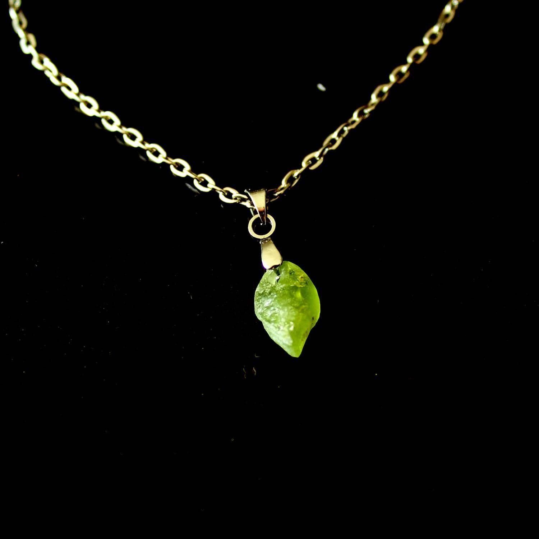 Collier de Lithothérapie en Péridot Vert Bijoux Minéral en Pierre Naturelle