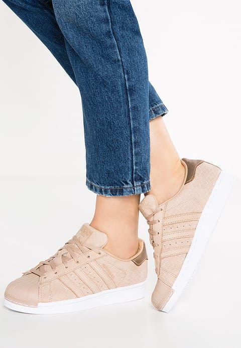 newest 0459d f9bd7 Chaussures adidas Originals SUPERSTAR - Baskets basses - pale nude chair   100,00 € chez Zalando (au 28 11 16). Livraison et retours gratuits et  service ...