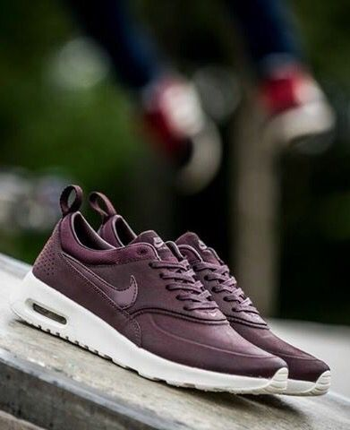 low priced 02ad5 8fc19 Nike Air Max Thea Burgundy