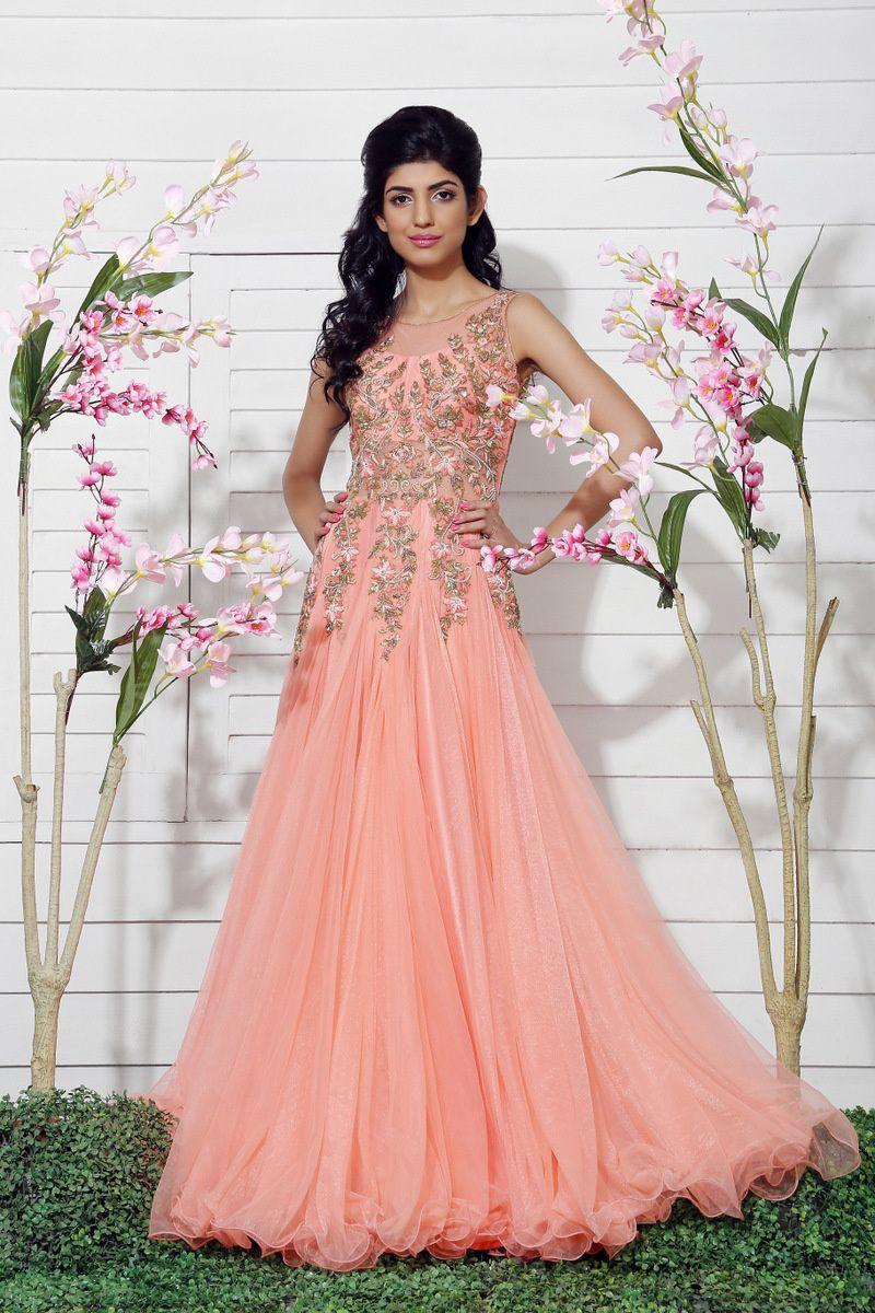Pin de Harleena Bhela en Gowns | Pinterest