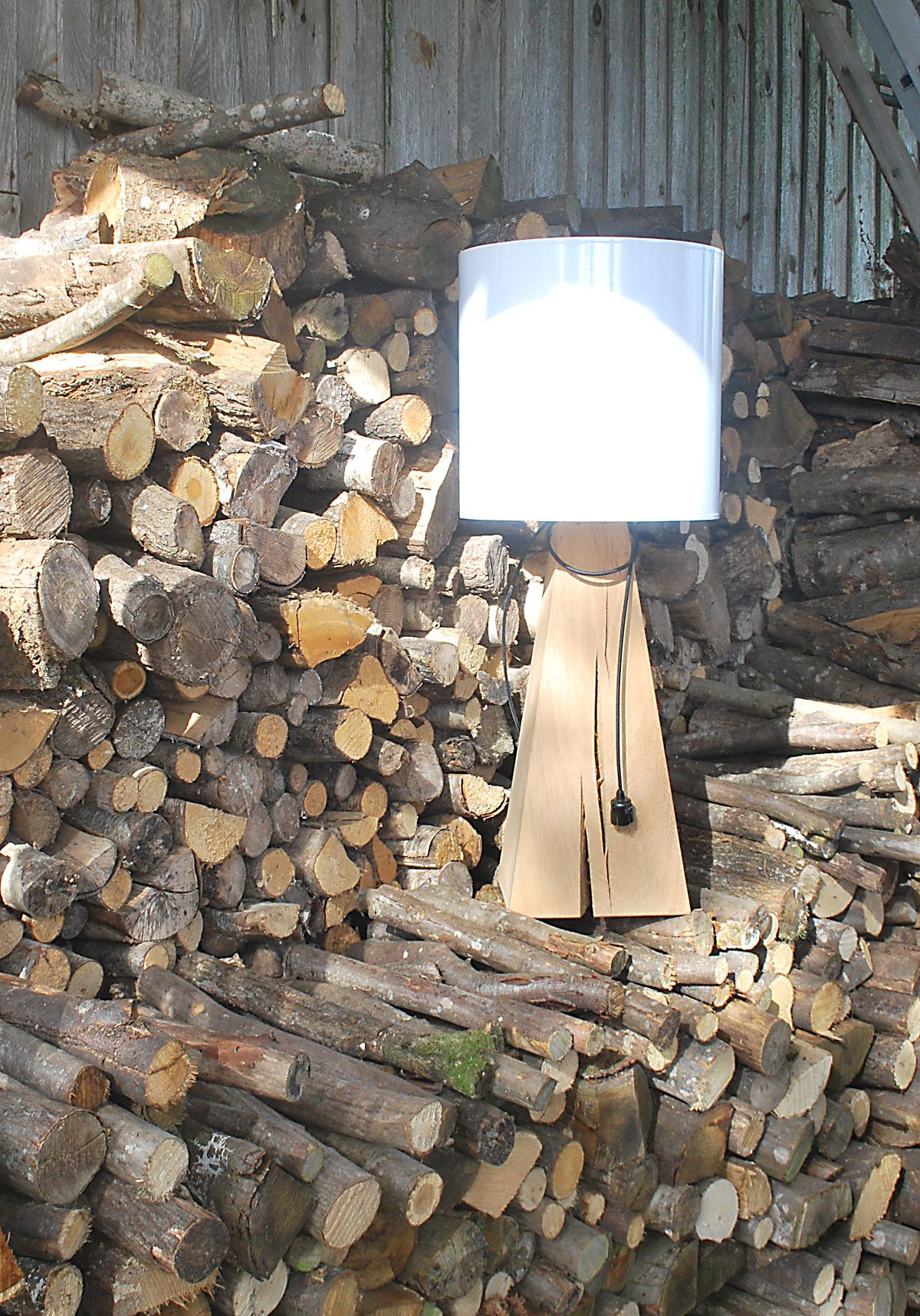 Lampe_bois massif métro 20 | Lampe bois, Bois massif