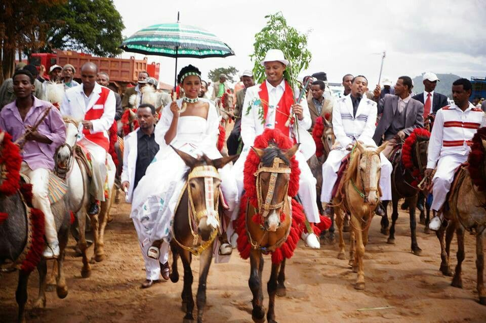 Mind Blowing Traditional Wedding Dresses Around The World: Oromo Traditional Wedding - Somalia