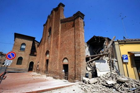 Second killer quake strikes Italy