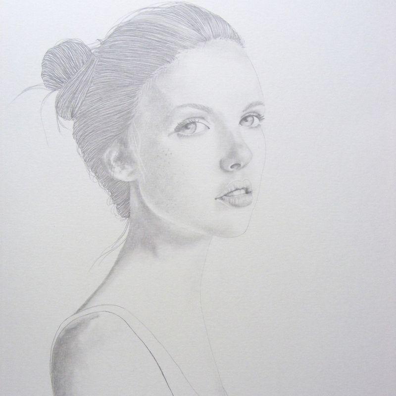 Do 006 portrait femme chignon 3 4 profil dessin - Dessin profil ...