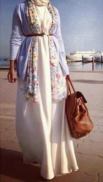 a beautiful outfit with a leather bag <3 <3