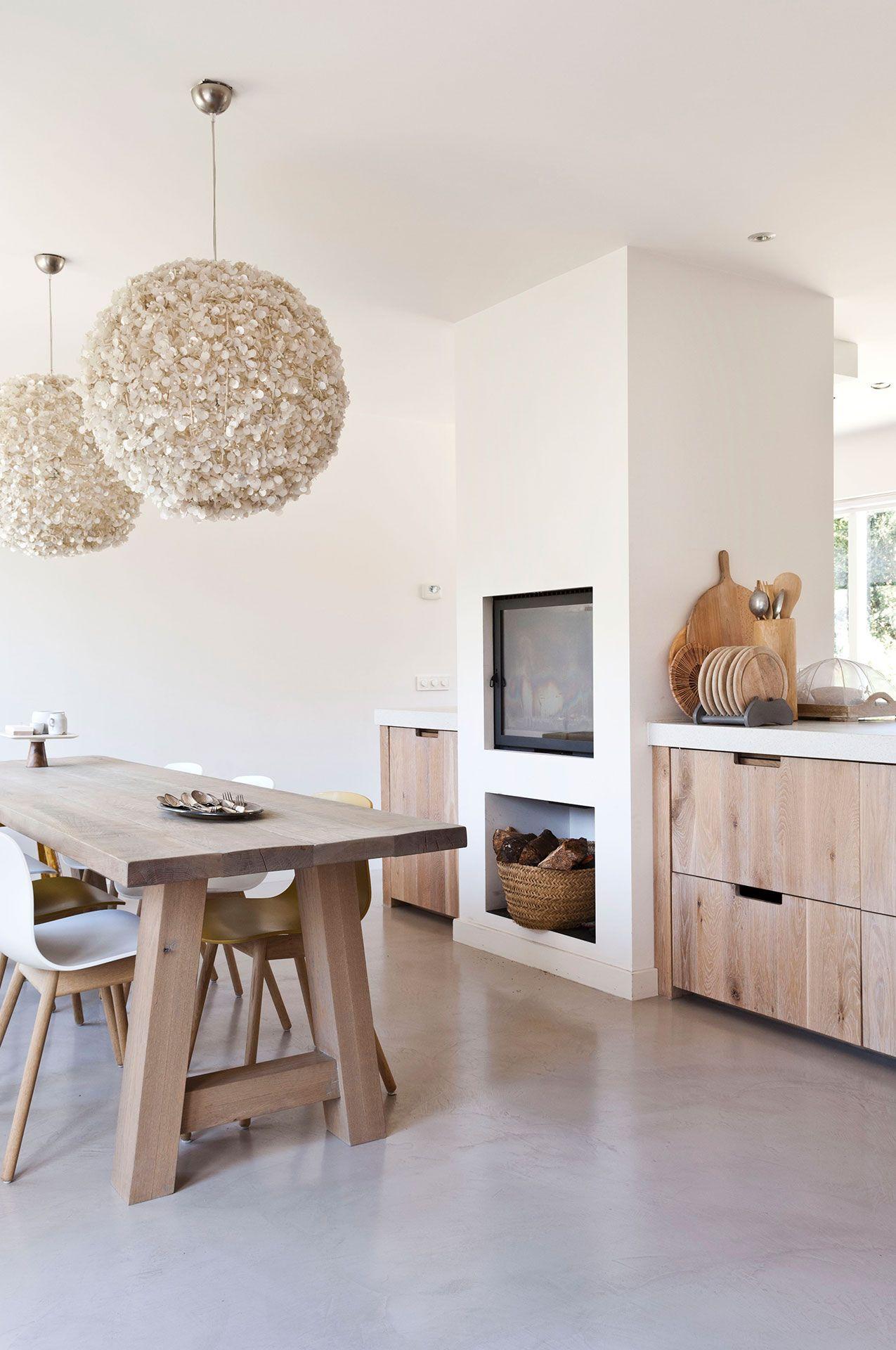 Village home interior design houten keukeneiland  home decor  pinterest  interiors kitchens