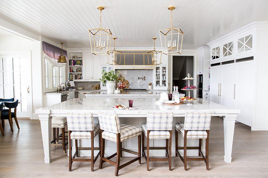 Emily Jackson\'s Perfectly Calming Grey & White Kitchen