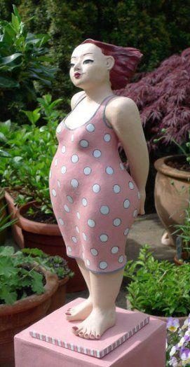 Dicke Frau In Pink Keramik Skulptur Von Margit Hohenberger Figur Frau Keramik Kunst Figur