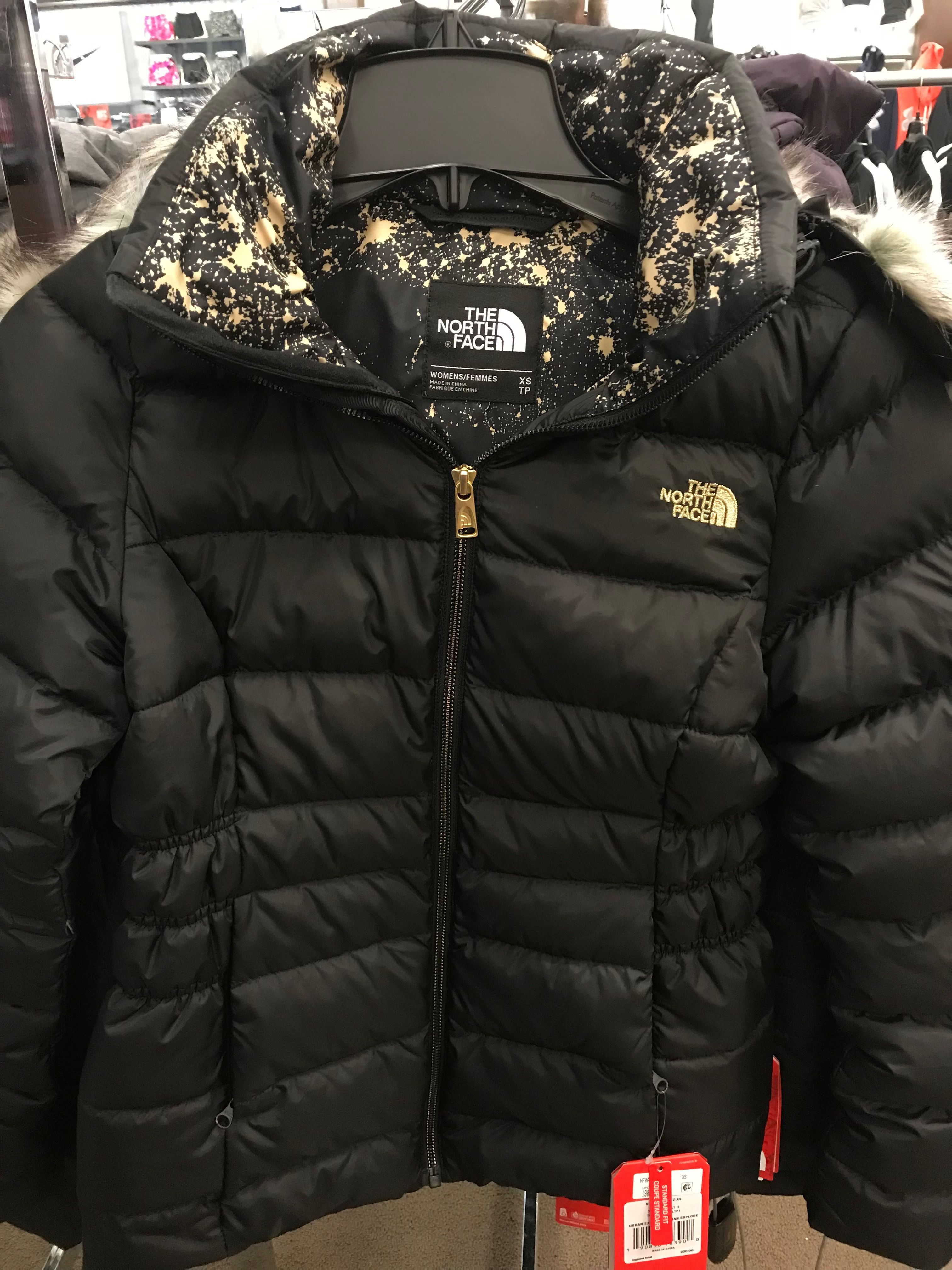 Macy S North Face Incorporating Gold Color Into Their Logo Winter Jackets The North Face Fashion [ 4032 x 3024 Pixel ]