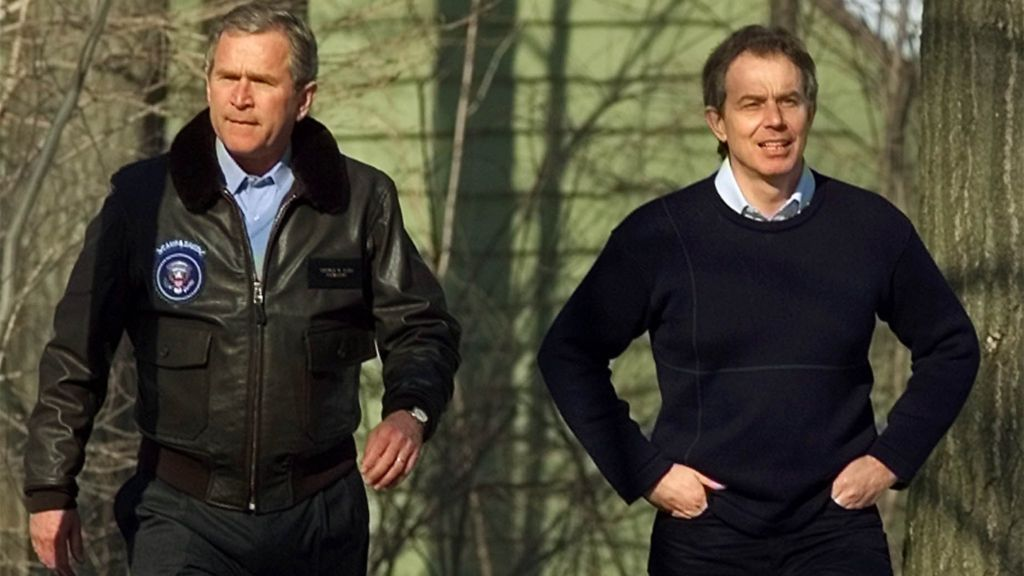 Memos sent between former UK PM Tony Blair and then US President George W Bush in the run-up to the Iraq War shine a light on the relationship between the two leaders.