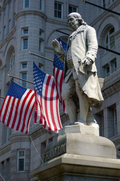 Statue of Benjamin Franklin, Washington DC, Copyright: Danita Delimont