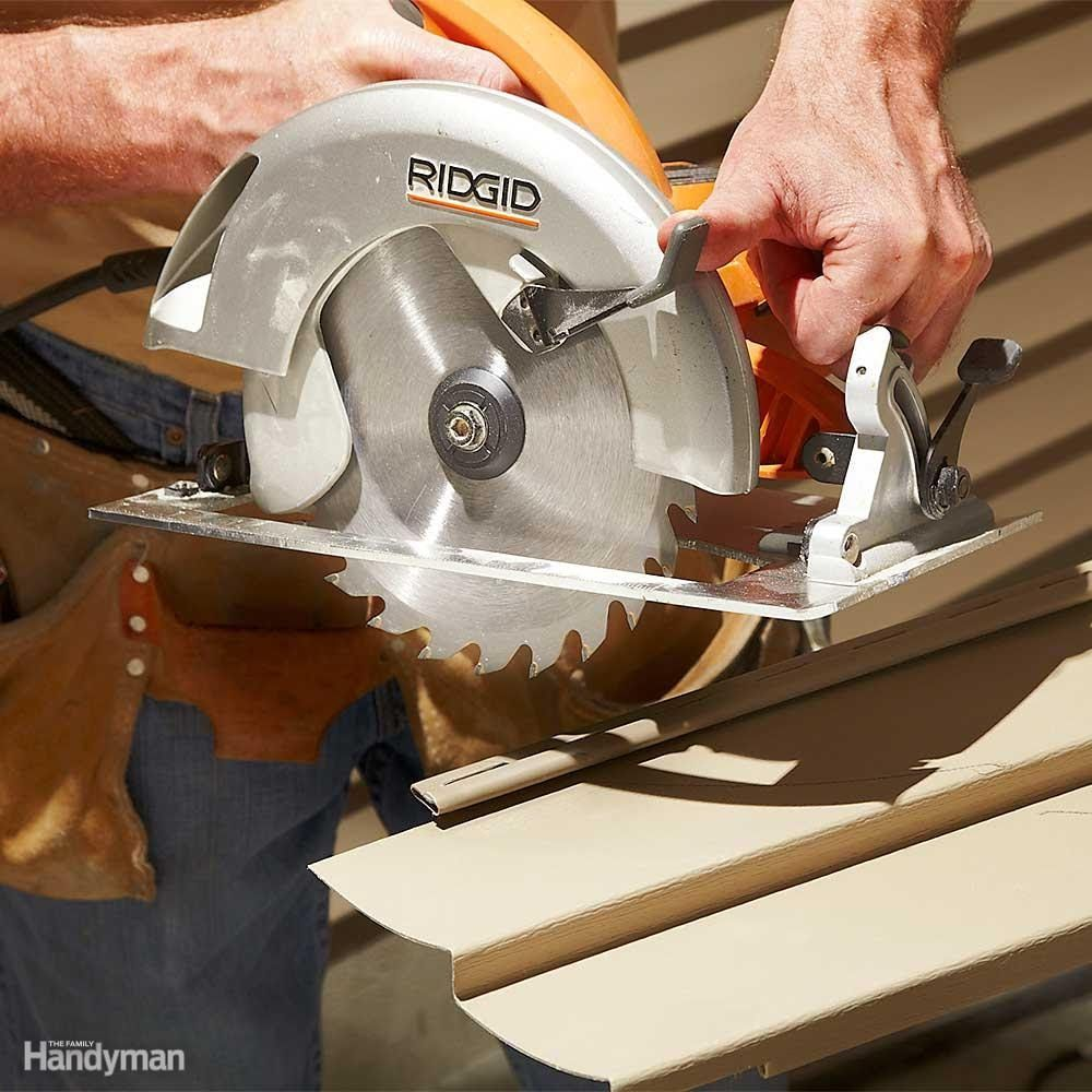Reverse circular saw blade for clean cuts home improvement pinterest reverse circular saw blade for clean cuts a standard saw blade chews up vinyl siding leaving a chipped and ripped edge for a clean cut put the blade in greentooth Gallery