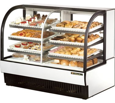 "TRUE Curved Glass Dry/Refrigerated Case - TCGDZ-59    Curved Glass Dry/Refrigerated Bakery Case, 14.1/dry & 16.25/refrigerated cu. ft., self-contained, 59-7/8""L, glass ends, (6) H.D. vinyl coated wire shelves, fluorescent interior lights, s/s top, white interior, (2) sliding glass rear doors, white alum laminated exterior, 1/3 hp"