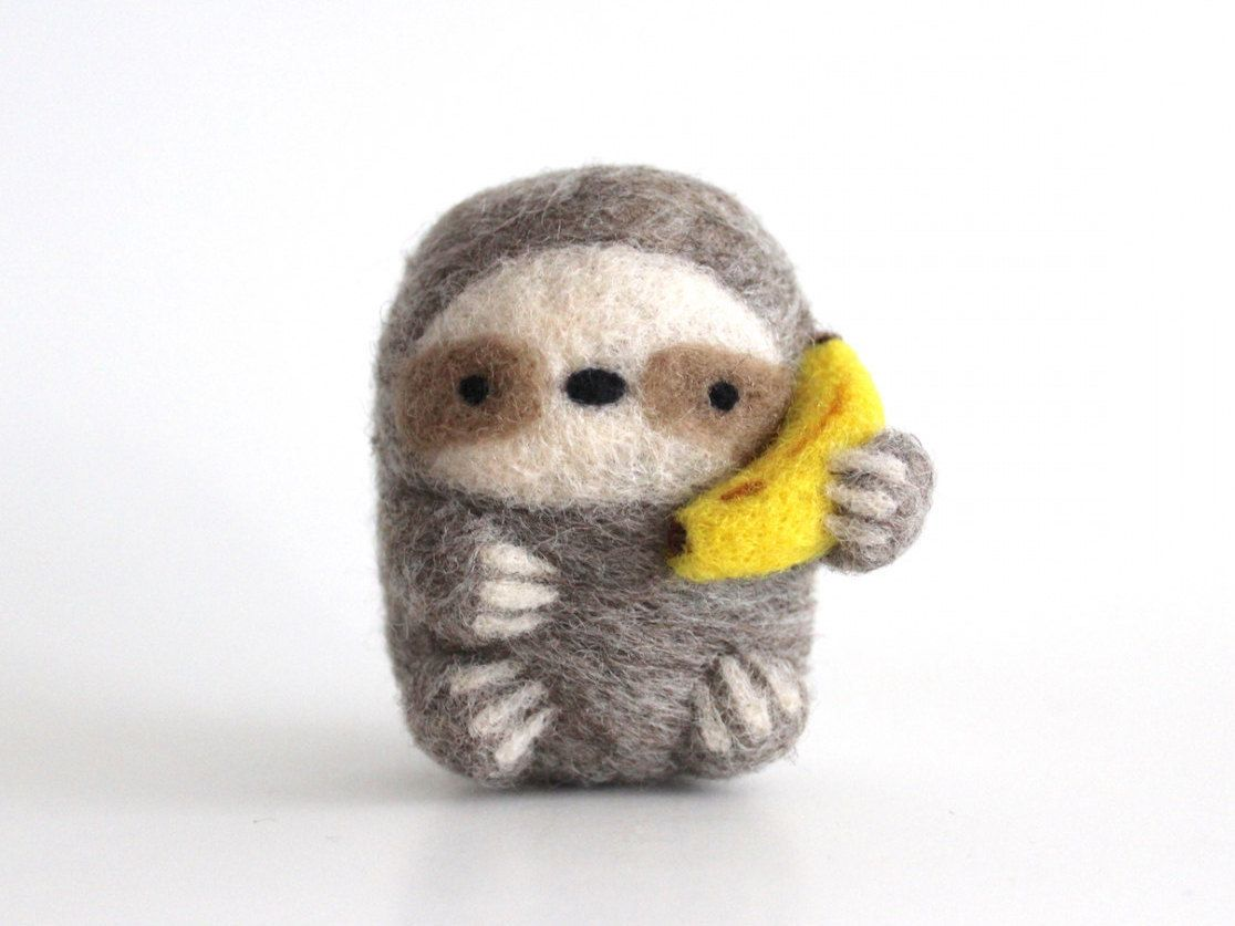 Needle Felted Sloths by Linda LCM on Etsy See our... | #needlefelting