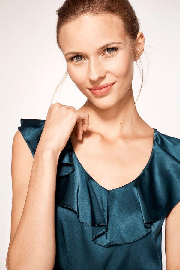 cinturón comercio Especificidad  Cortefiel Top volantes Verde | Women, Camisole top, Tank tops