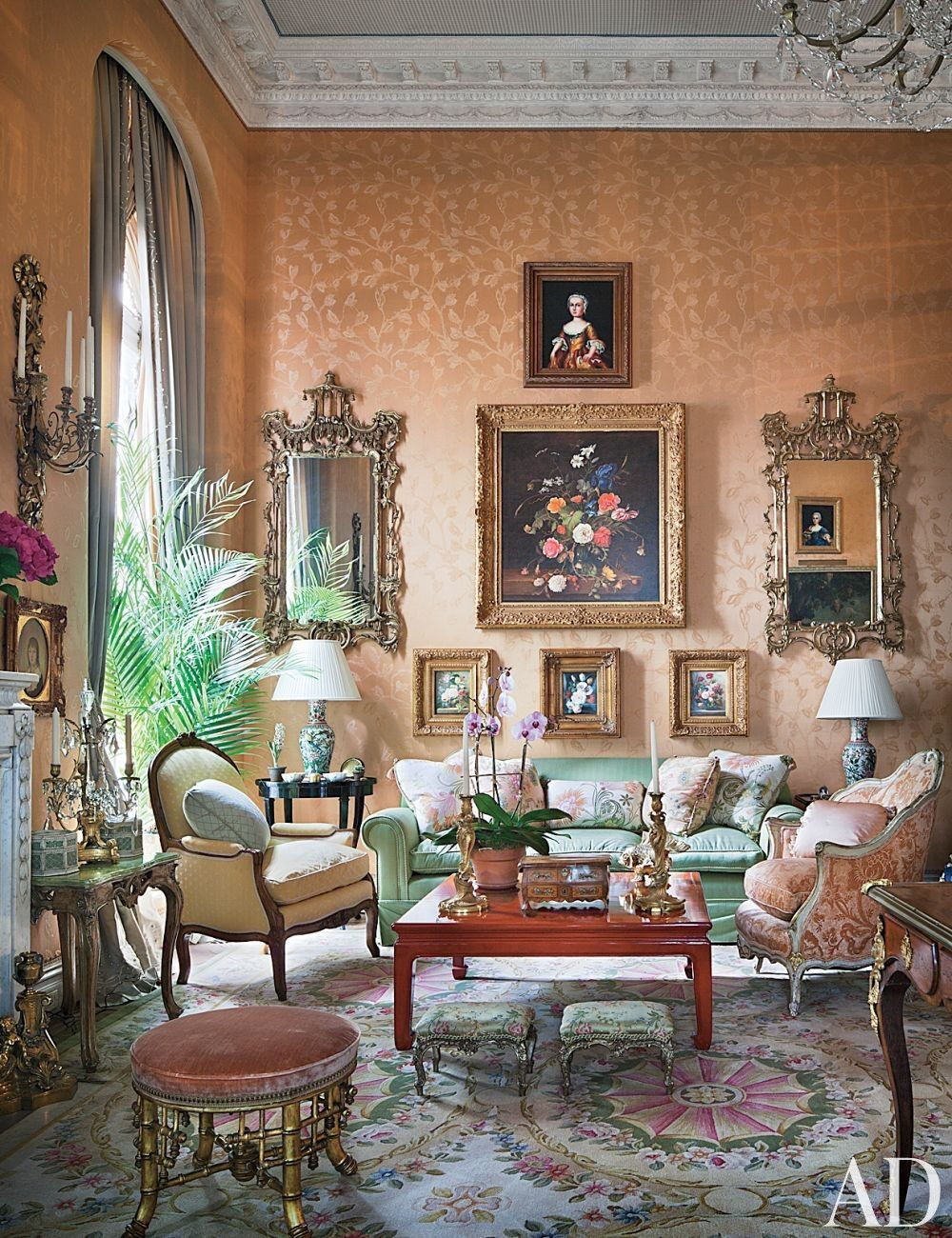 Traditional Living Room By Mario Buatta In New York New York For The Home Pinterest