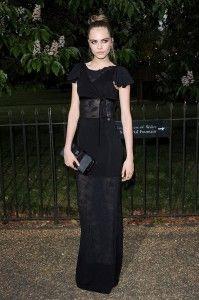 vind jij de kledingstijl van #CaraDelevingne ook tegek? leer er meer over op: http://www.fashionstyletoday.nl/it-girl-2013-cara-delevingne/