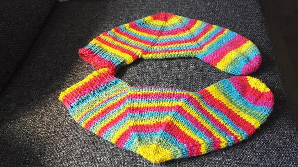 Hipsulaisen Karuselli <3 | stricken | Knitting, Socks und Crafts