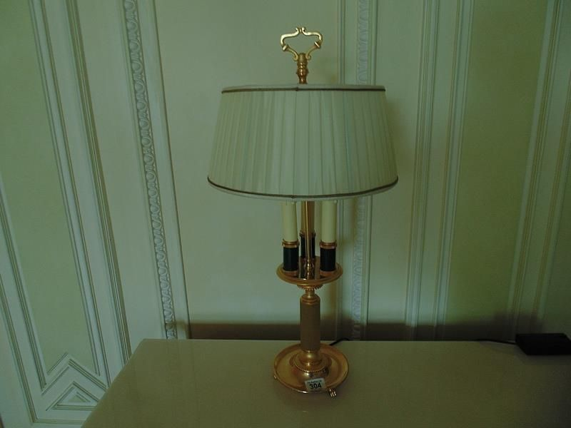 Lot 304 A pair of Laudarte Dionisio table lamps, bronze