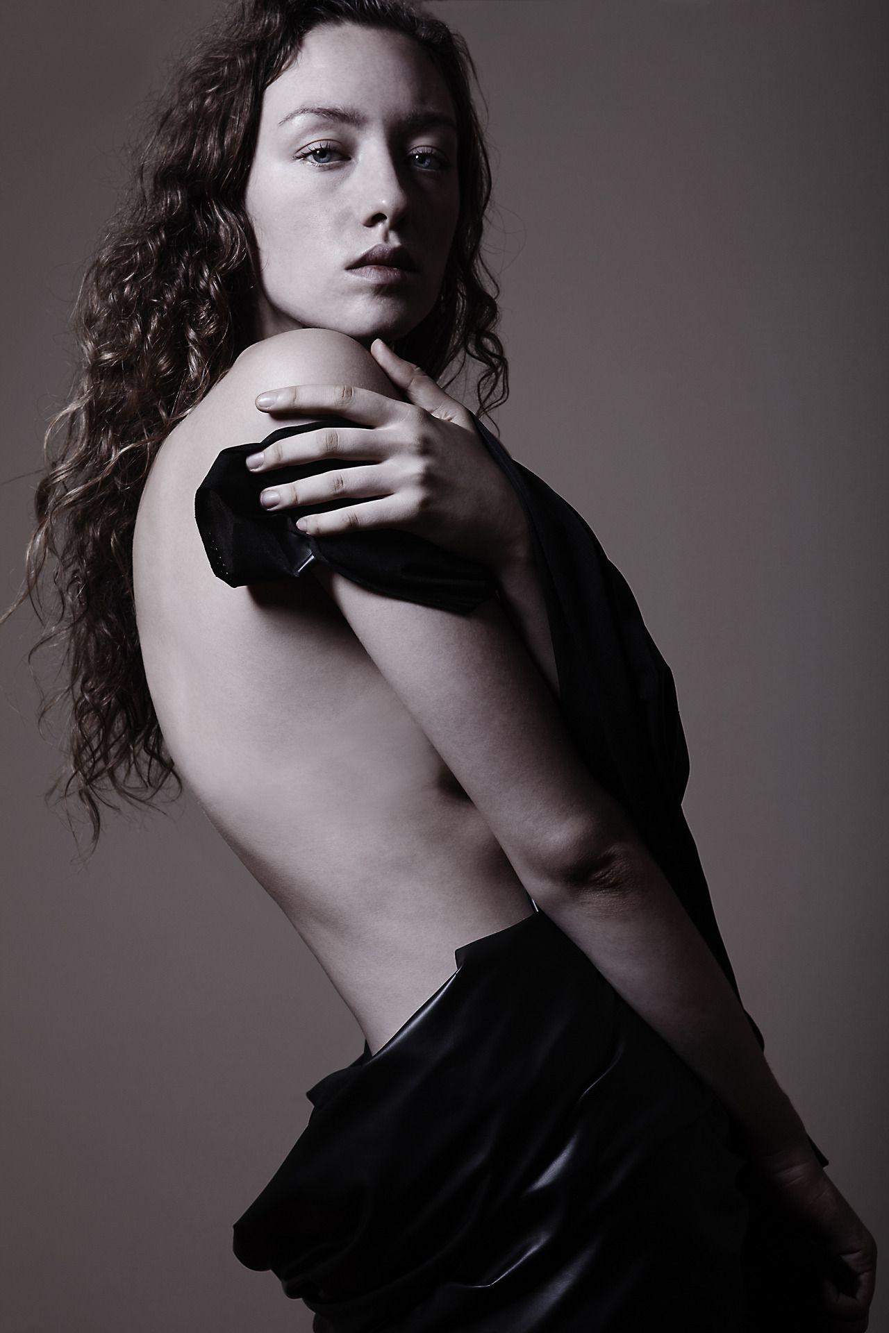Alicia Moorland Nude Photos