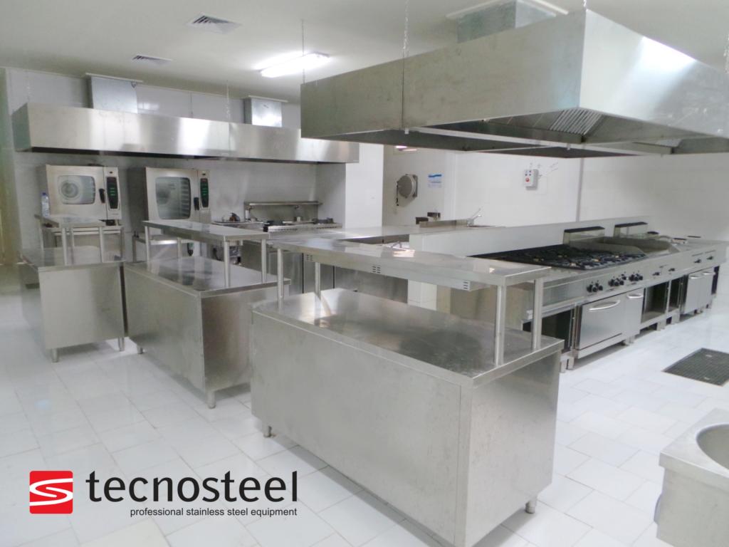 Restaurant Kitchen Commercial Kitchen Design Kitchen Design Hotel Kitchen