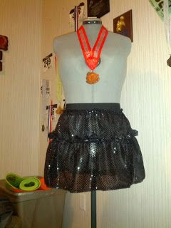 Sew Charming by Becky: DIY Tiered Sparkle Running Skirt