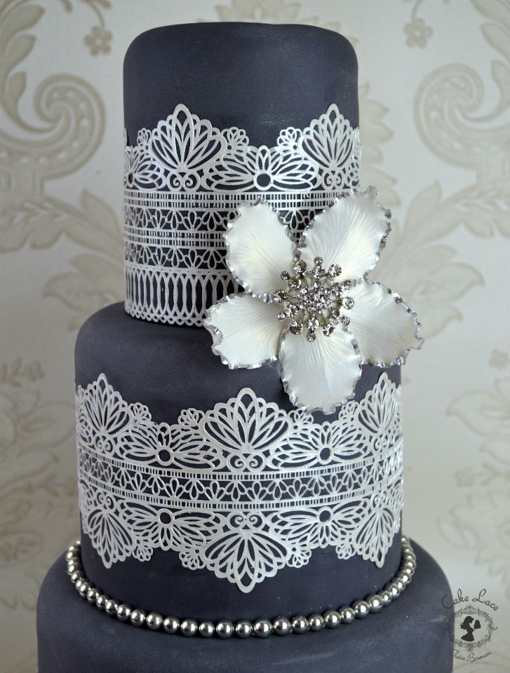 Pin By Jessica Huxtable On Cakes And Sweets Cricut Cake