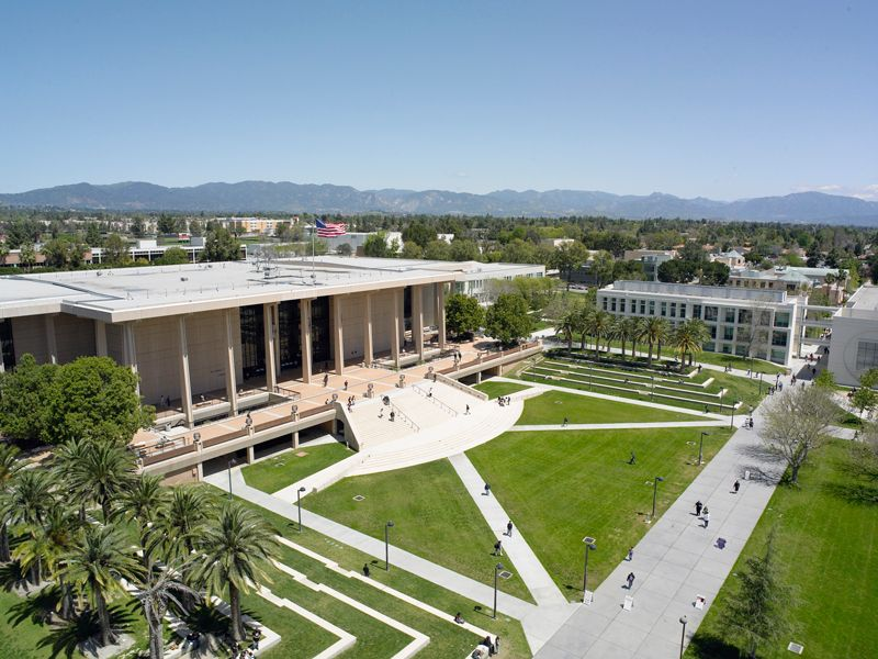 Cal State Northridge In The West Valley Of La Lived Here For 4 1 2 Years Northridge California State University Northridge California State