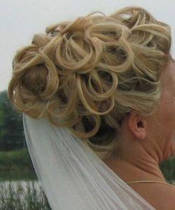 bryllupshår med slør