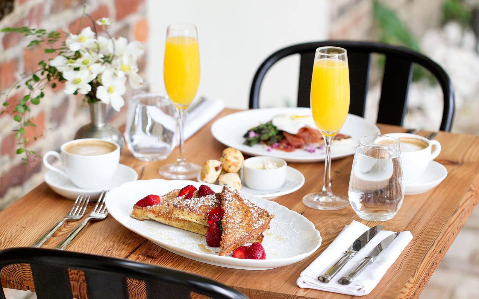 21 places to take your mom to brunch this mother s day mothers day rh pinterest com