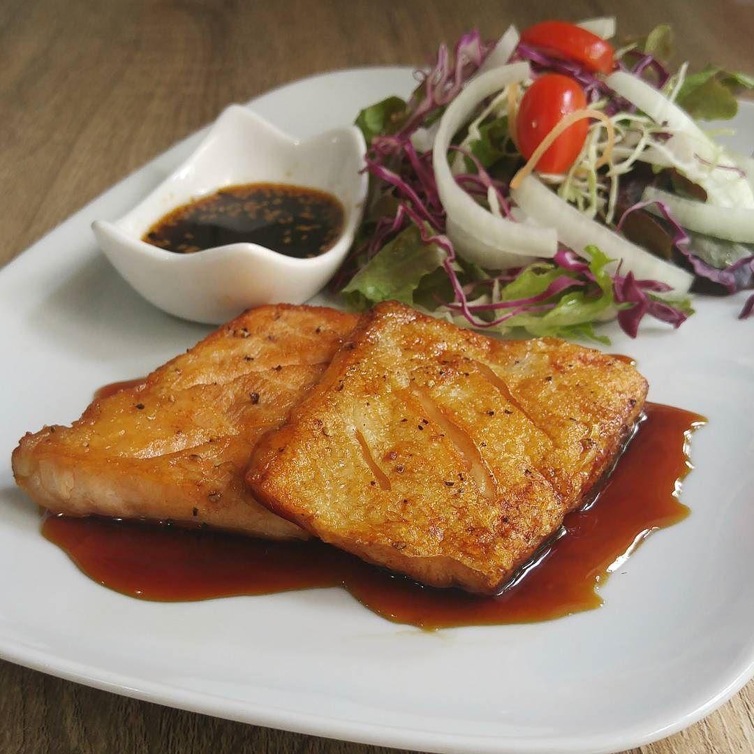 พเศษ สเตกทองปลาแซลมอน 1 ท (เรนไอให 2 ชน !!) ลดราคาจาก 240 บาท เหลอเพยง 180 บาทเทานนหรอสงสเตกปลาแซลมอนวนนอพเกรดเปนสเตกทองปลาแซลมอนทนท วนน-26 กนยา 59 หรอจนกวาสนคาจะหมดจา