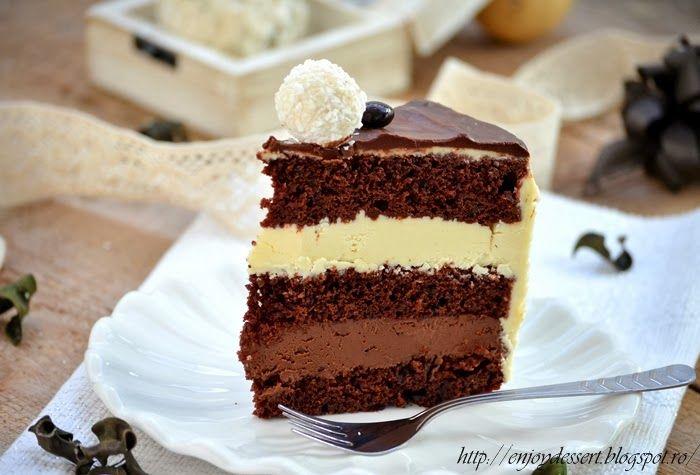 Tort Gladiator cu crema de ciocolata alba si crema de ciocolata neagra.