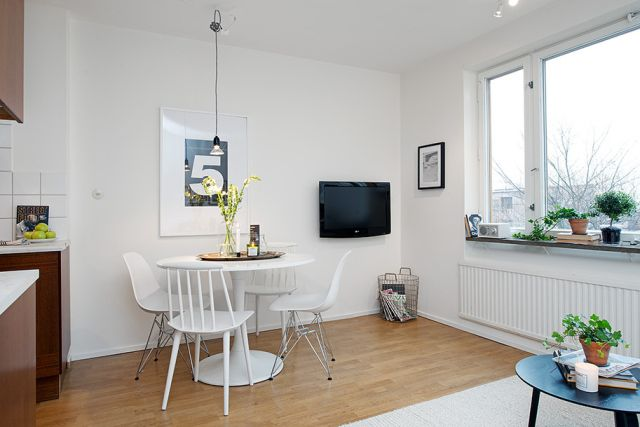 Bright-White-Interior