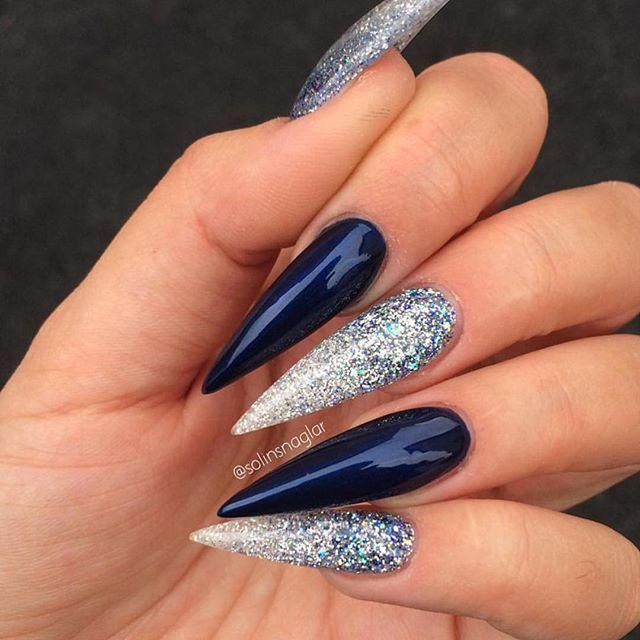 ✨ @solinsnaglar  _____________________________________________  #nails #nail #beauty #pretty #girl #girls  #sparkles #styles #gliter #nailart #art #opi  #essie #unhas #preto #branco #rosa #love #shiny #polish #nailpolish #nailswag #anastasiabeverlyhills #vegas_nay #wakeupandmakeup #hudabeauty #instanails #notpolish #instanails #notd