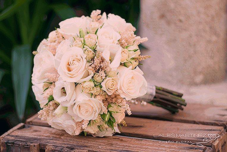 Pin By Stormie Darbyshire On Ramos De Flores Flower Bouquet Wedding Wedding Flowers Bridal Bouquet