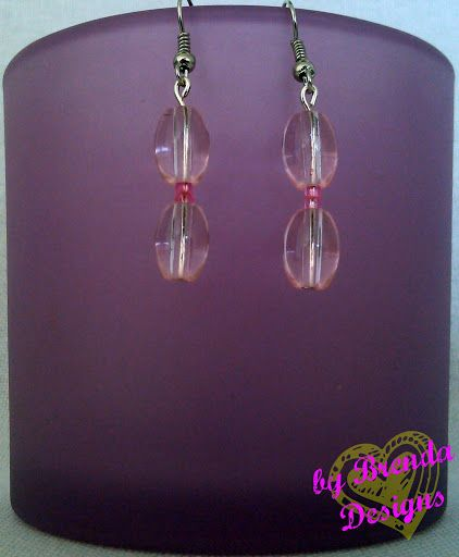 SIMPLE EARRINGS in Crystal Pink. Only $4.50 and with FREE SHIPPING to the USA and PR. Only 1 pair of earrings left. Order today!