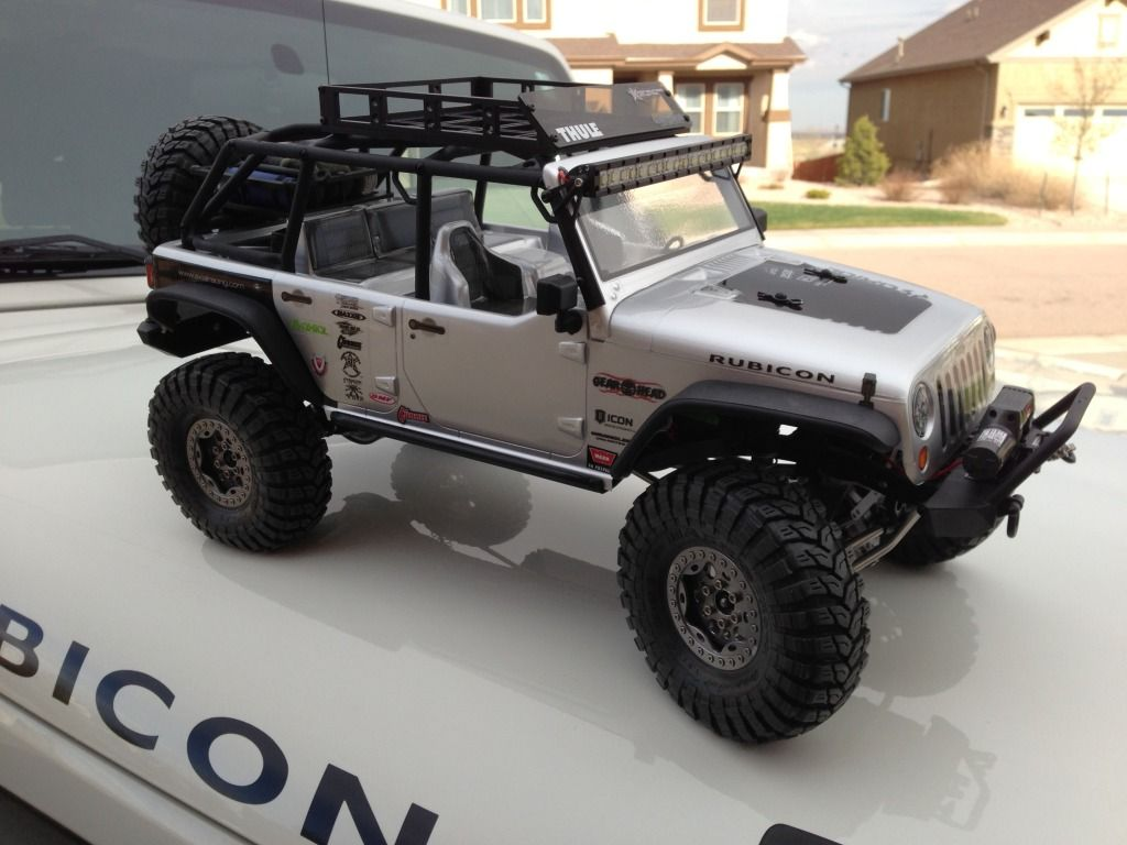 Axial scx10 jk unlimited rubicon with vp goodies dinkyrc rear rack gearhead rc roof