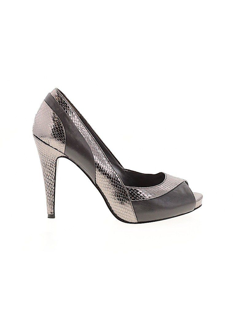 Nine West Heels Silver Solid Shoes Size 8 In 2020 Heels Nine West Heels Shoes