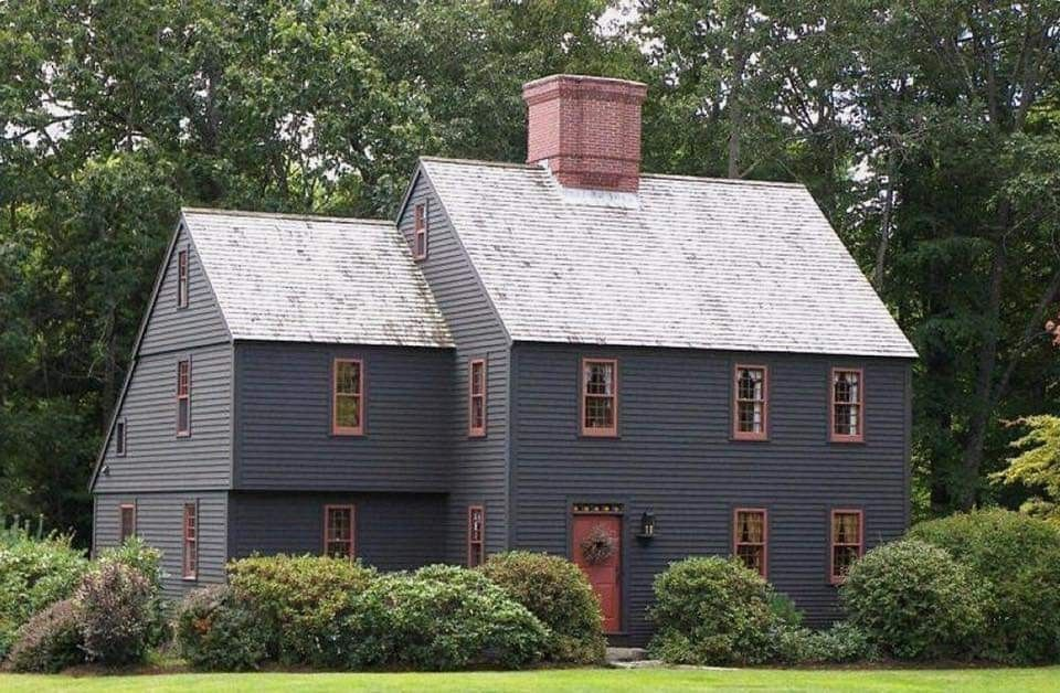 Pin By Kristen Walker On S A L T B O X C O L O N I A L In 2020 Colonial House Exteriors Colonial Exterior Colonial House