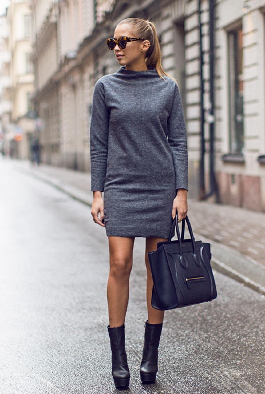 Conjunto vestido gris, botines marrones, bolso negro y gafas ...