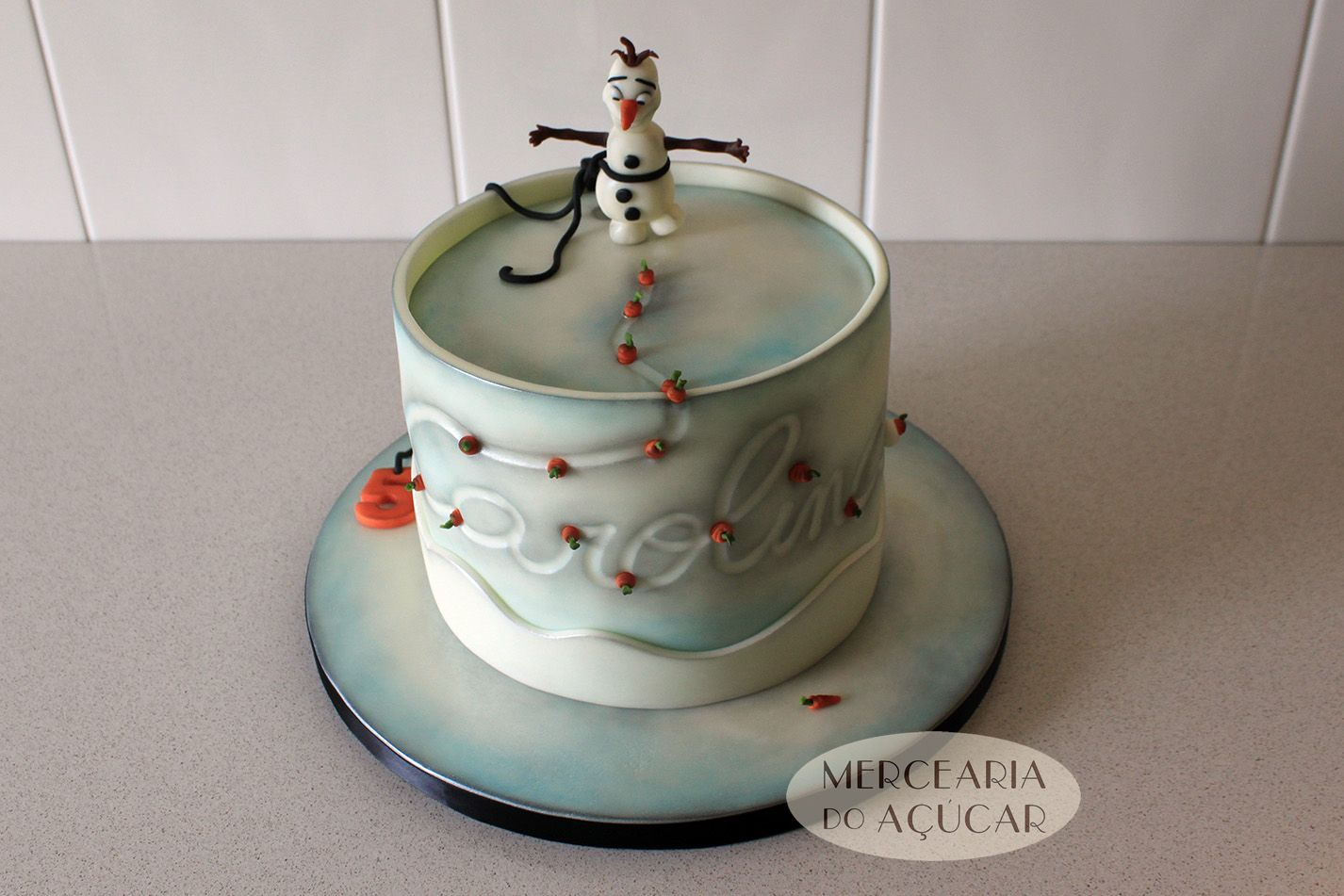 Frozen cake design images  Frozen Olaf Carrots Cake  Bolo Cenouras do Olaf  Cake Design