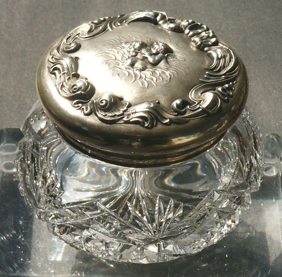 Art Nouveau Sterling Silver Dresser Powder Jar 107 8682