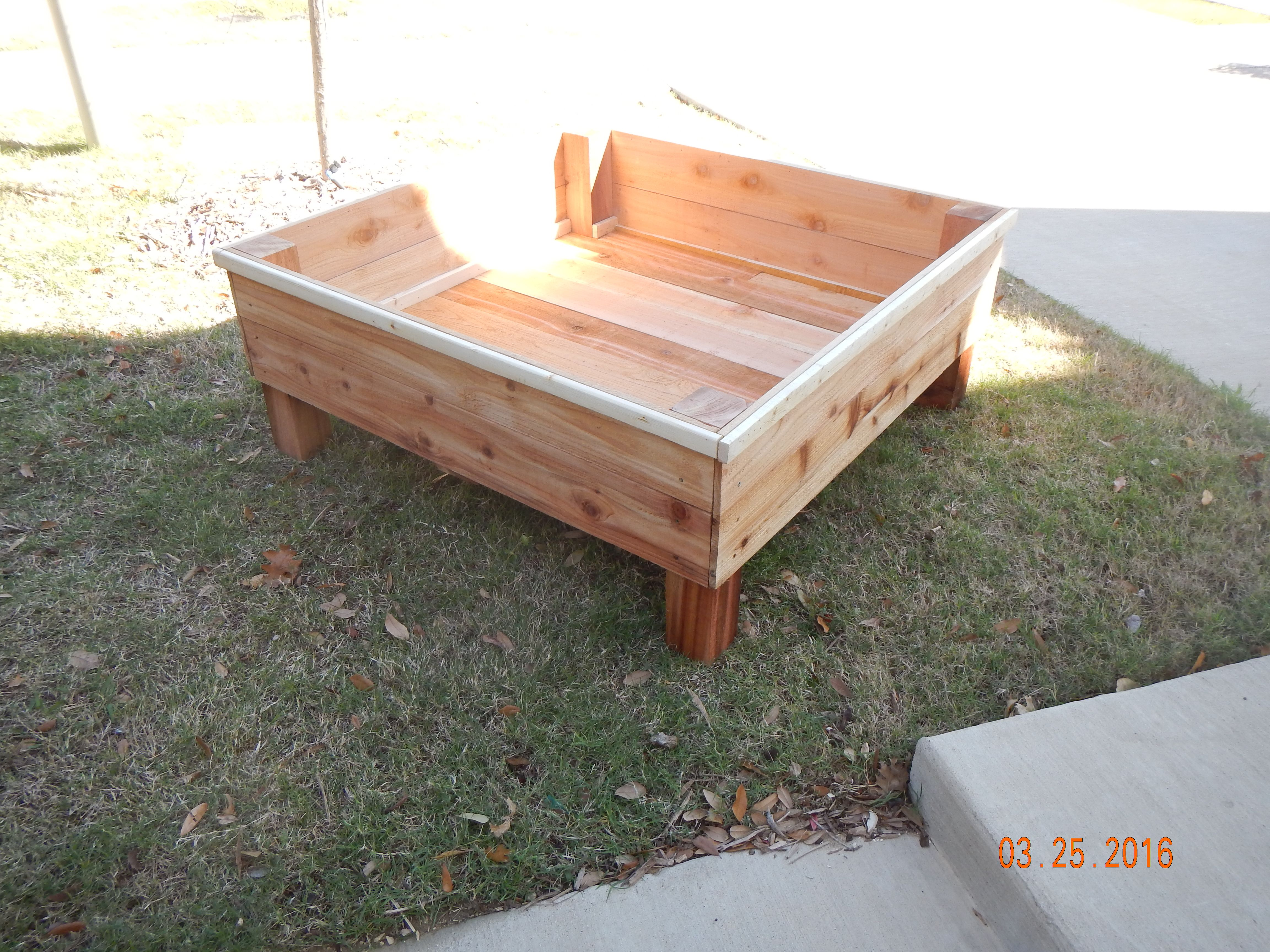 "4' x 4' x 20"" (height) Elevated Garden Box Elevated"
