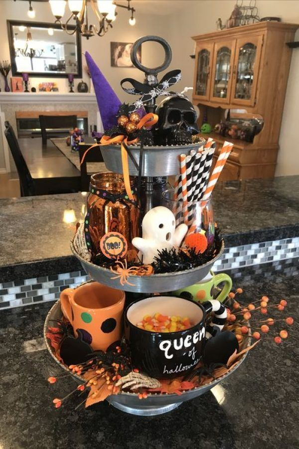 55+ Ways To Decorate Your Tiered Tray for Halloween | Lures And Lace