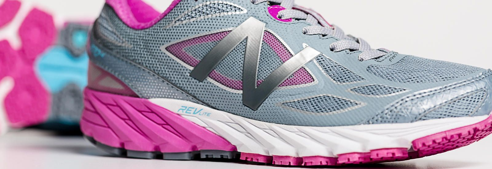 release date: 2ed8b a97b0 New Balance 870v4, $104.99. 8mm drop. Grey with Pink Zing ...