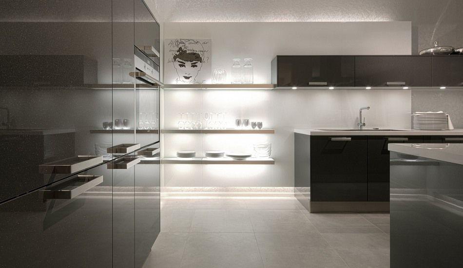 Einbauküche Lizzola Carbon Metallic Hochglanz Lack | Schwarze ...