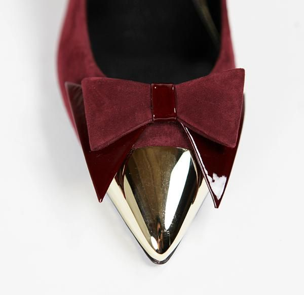 3030 Loriblu #Pumps - #Suede Cherry tone pointed toe featuring a polished metal toe cap with flat bow and a #blue sole. #leather lining and sole. #MadeInItaly available at Rina's Store, an Italian Shoe Boutique, $345 on sale now http://www.rinastore.com/0000003030-loriblu-shoes:-bordo/dp/5792