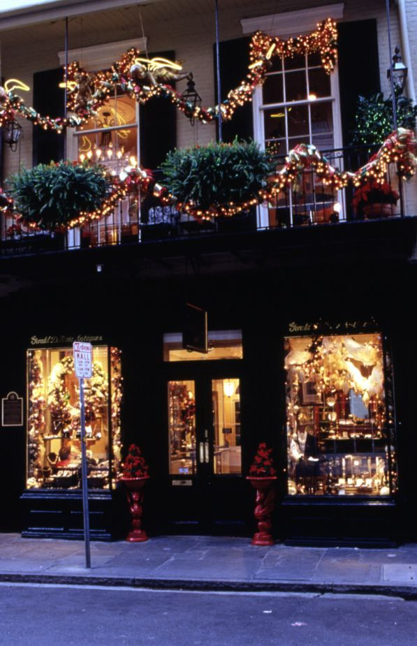 new orleans french quarterdecorated for the holidays - New Orleans Christmas